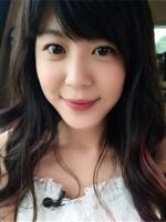 菱形脸中长发女生lehu66乐虎国际 时尚卷发修颜显气质