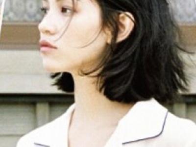 最流行韩国齐肩外翘短发打理教程 简单步骤打造自己的小性感