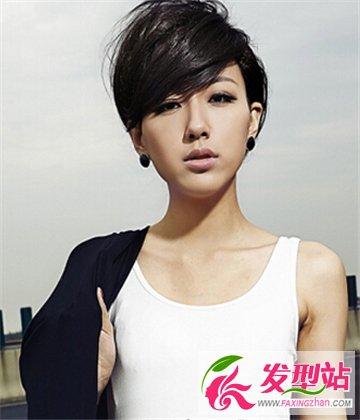 女生个性清爽齐耳短发发型 清凉夏日必备