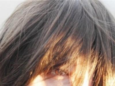 2015女生最新短直发发型图片 简约时尚清爽迷人