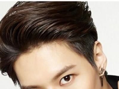 最新韩式男生短发发型 时尚清爽富有个性