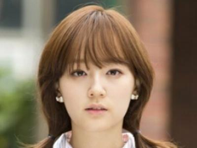 9款韩式卷发扎发发型 将淑女风进行到底