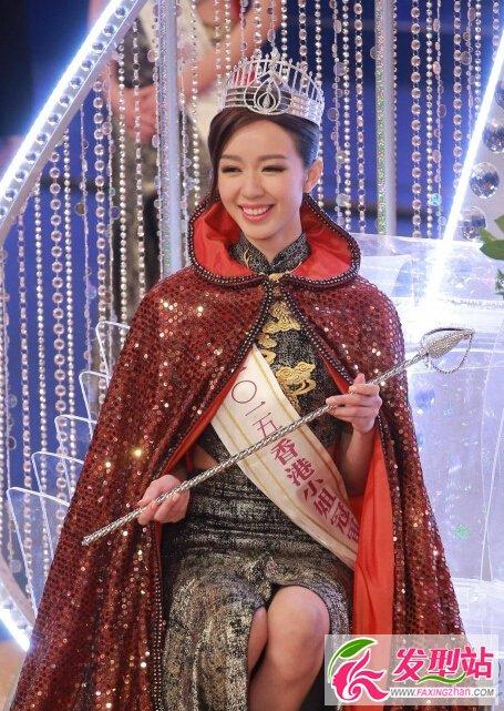 2015香港小姐麦明诗个人资料父亲麦卓生显赫身世 麦明诗泳装比基尼私部漏毛走光无码图片