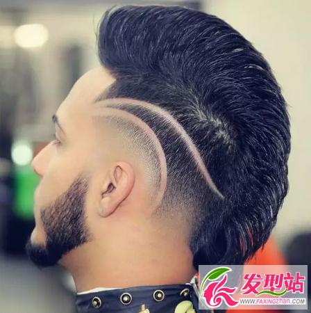 男生雕花发型