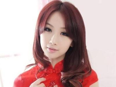 中国红旗袍怎么搭配发型好看 适合红色旗袍的发型设计