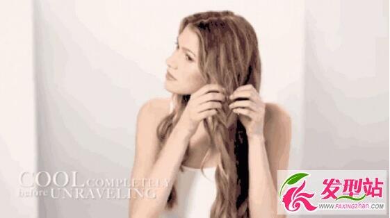 你也能拥有女神波浪卷发 绕头发+平板夹做波浪卷发教程