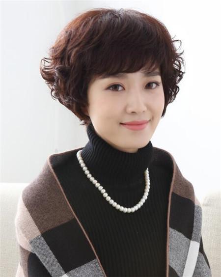 最新女士短发发型图片图片