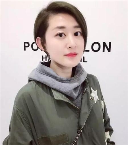 2018年流行不对称短发