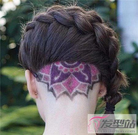 女生后脑推掉的发型