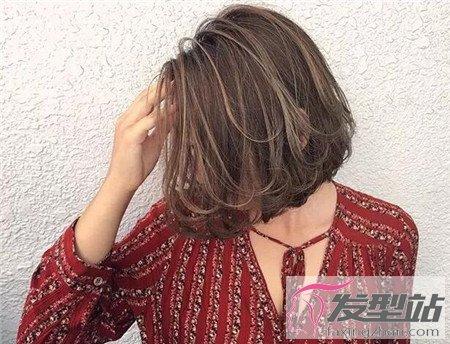 层次内扣短发