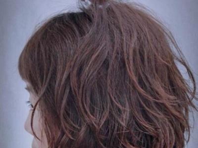 卷发后怎么保持卷度 令头发卷度更持久的小秘诀
