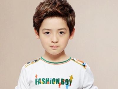 小男孩很潮的儿童发型 不容错过的型男养成记