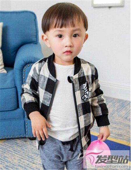 帅气小男生什么发型比较好看 让你帅过韩国小正太