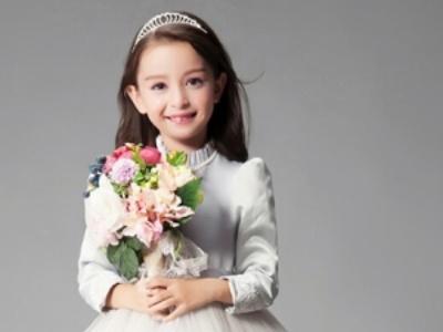 公主裙女孩最适合的发型 萌萌哒小公主就是你