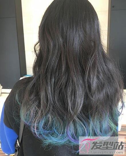 发尾挑染红色头发_发尾挑染什么颜色好看 双色渐层染发色今年最流行-染发发型 ...
