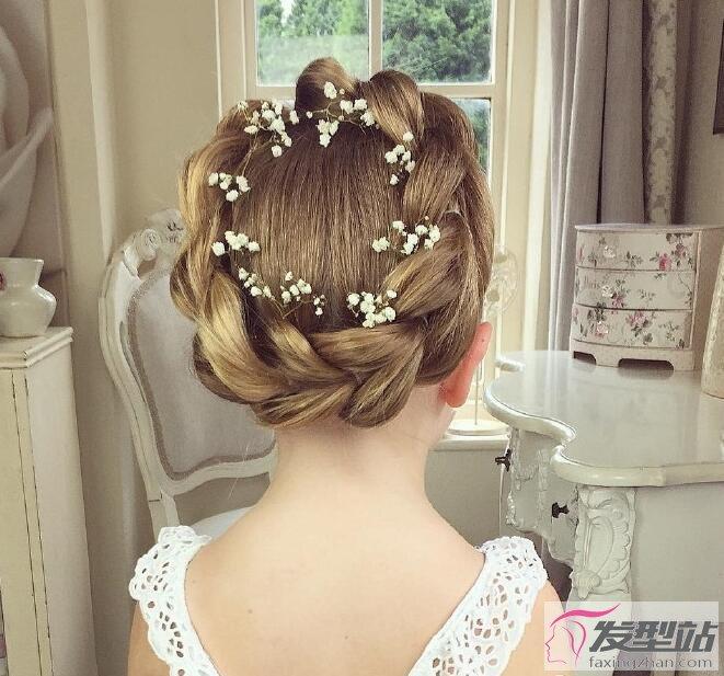 不得不学的女童编发 完美的小公主发型大盘点