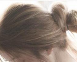 清爽时尚的丸子头扎发 这个夏天让女生轻松度过