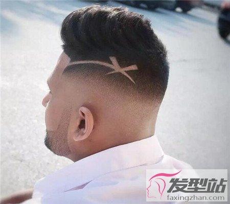 男士雕刻侧面发型_男生渐层侧削线条雕刻发型 两边剃剪出酷炫时尚-非主流发型 ...