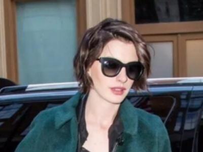 自然卷的头发适合什么发型 扬长避短也可以拥有完美发型