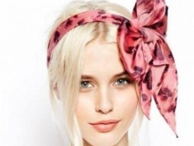 怎样用丝巾扎头发好看 方法简单却能让你美翻天