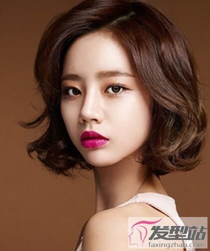 短发女生偏分发型 修颜塑型超显气质