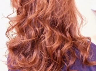 脏橘色系头发爆红 渡边直美脏脏橘色不要太美