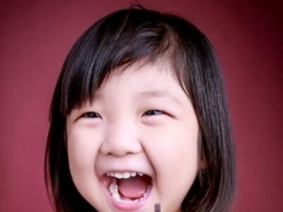 小女孩适合剪什么发型 剪内扣短发瘦脸又呆萌
