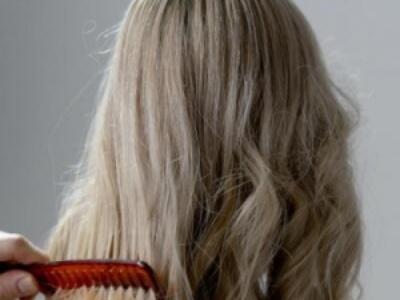 敏感头皮洗发水要慎选!教你用一把梳子检测头皮是否健