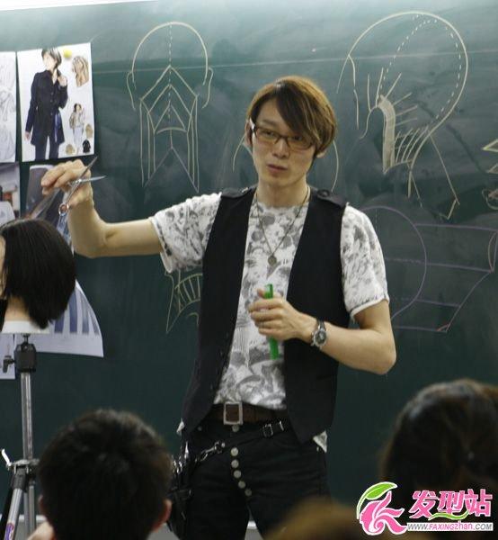 日本美发老师纤手教学图片欣赏