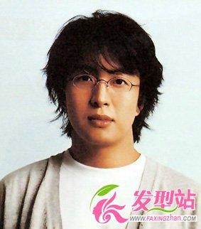 裴勇俊发型