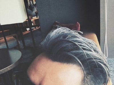 2018男生染发颜色大全 欧美范型男染发发型