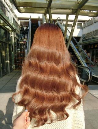 女神范大波浪卷发 今年最流行的烫卷发型图片