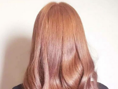 波浪卷长发烫发发型 女生韩式卷发发型图片大全