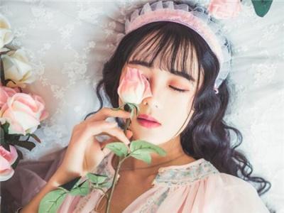 韩式空气刘海发型 2017这款刘海最流行