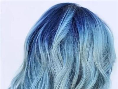 牛仔蓝适合什么肤色 2018染发流行牛仔蓝