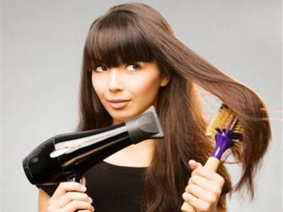 你吹头发的方法正确吗 护发不可忽略