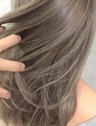 女生夏季显白发色推荐 凉雾薄酒发色给你自带混血感