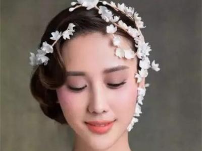 短发怎么做新娘造型好看 短发新娘子结婚当天发型太美了!