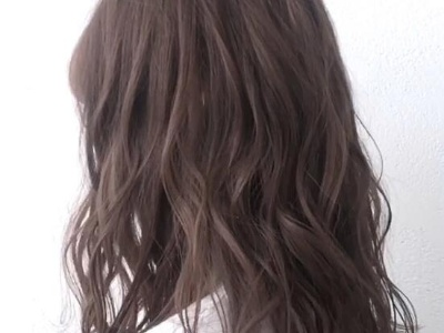 中长发晨曦微卷卷发教程 中发女生的首选卷发发型