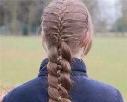 长发辫子的花样扎法 浪漫编发实在太美了