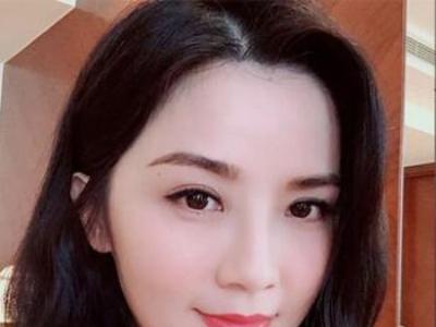 胖圆脸女生适合的短发 打造小脸的随性慵懒中短发造型