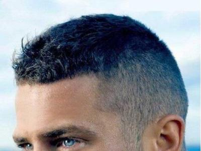 男人发型短发最潮最帅 这7大经久不衰男士发型不会错