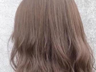 清爽奶茶色头发发色推荐!褪色不黄、发质看起来变好,素颜气色不暗沉