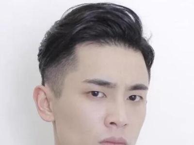 方形脸适合什么发型男 超帅方脸男生发型推荐
