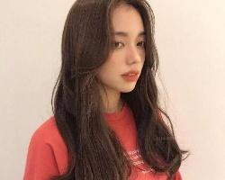 恰到好处的韩式微卷发 头发一卷立马变女神