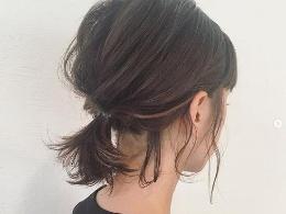 不短不长的头发怎么扎才好看 超实用发夹、缎带小技巧
