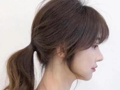 韩系蓬松感小脸马尾绑法教学 发圈这样绑不伤发、不拉头皮、不松垮