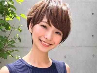 女生显瘦短发发型 2020最值得剪的短发
