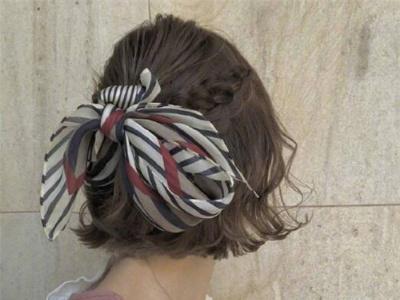9款时尚短发半扎发 简单扎发别有一番个性
