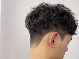 男生发型铲两边 最新流行发型设计